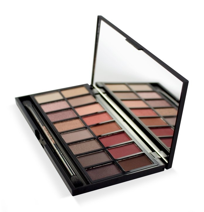 MAKEUP REVOLUTION Makeup Revolution Eyeshadow New-Trals vs Neutrals Palette 16 g